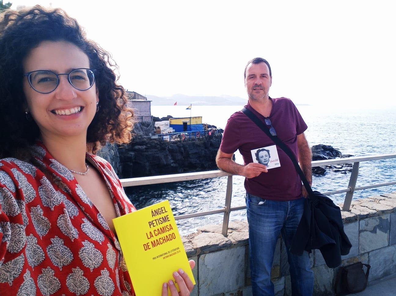 Adolfo ESdrújulo (Las Palmas. Gran Canaria) En la Caleta : locos enamorados : cantan a la vida : Pilar y Machado 💜.jpg